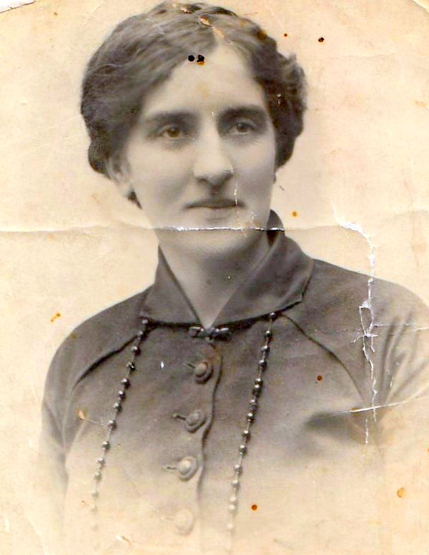 Mary Ann (Minnie) Drew nee Nevin ca. 1917