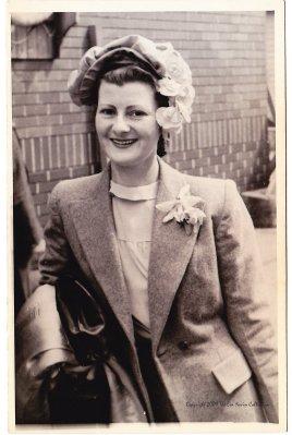 Eva Nevin 1938