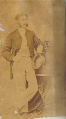 Thomas Nevin standing next to stereoviewer